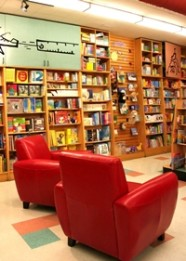 Kidsbooks Couch